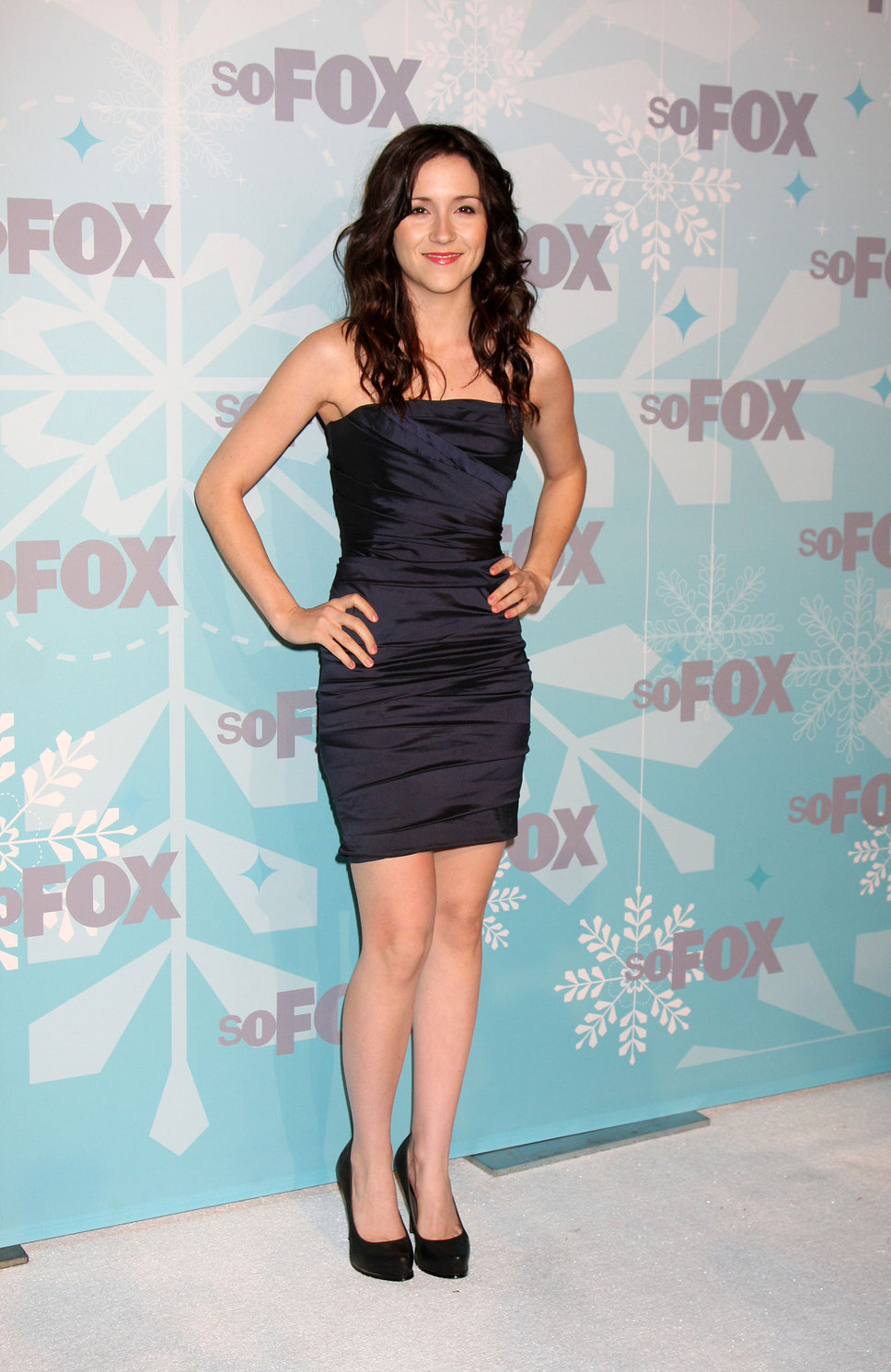 Shannon Woodward Latest Photos