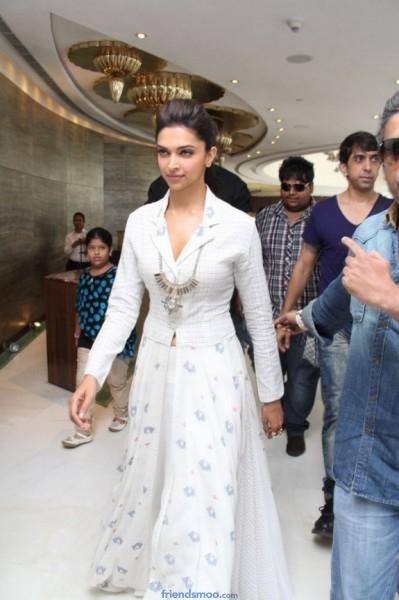 Deepika Padukone Latest Photos in White Dress (13 ...