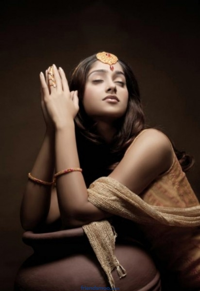 Ileana Latest Photo Shoot Stills.