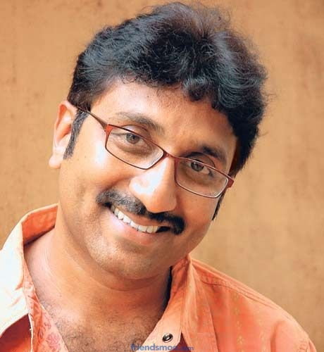 Ramoji Rao Blessed Srinu Vaitla and Aagadu Team