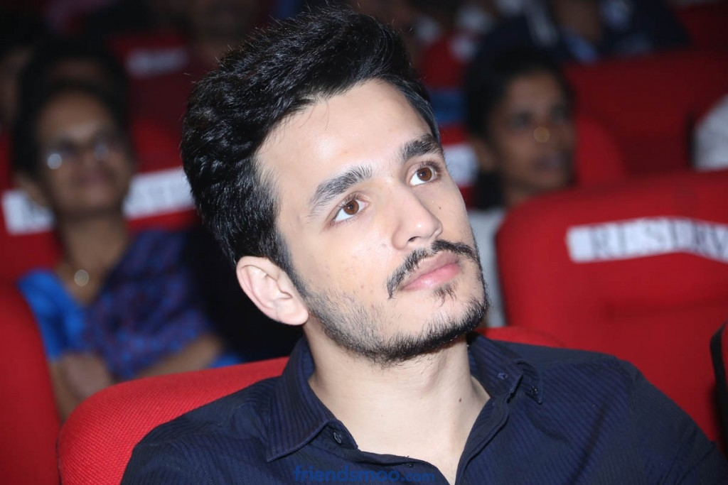 Akhil lip lock kiss with actress Syesha
