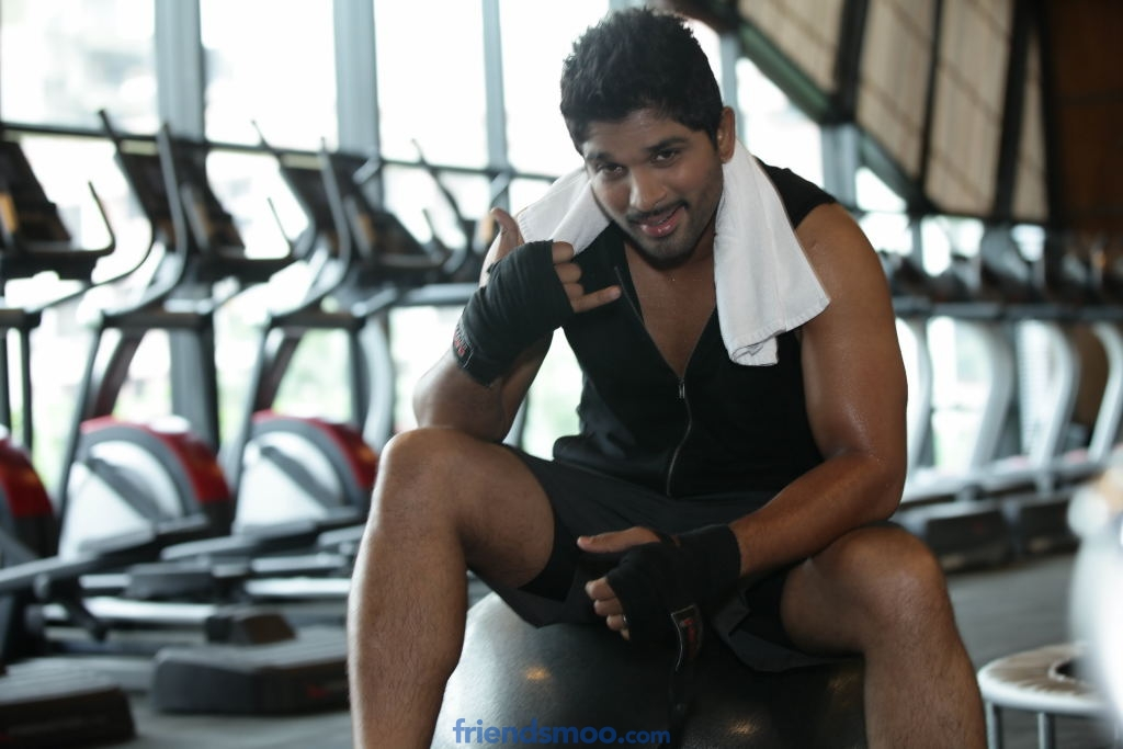 Lot Mobiles Allu Arjun TVC (Gym)