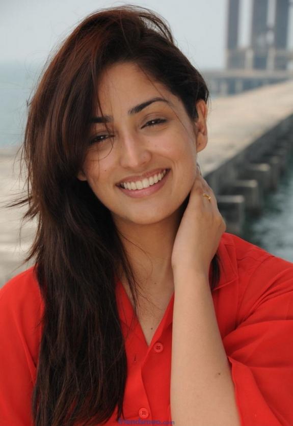 Yami Gautam Latest Phosting in Red Dress