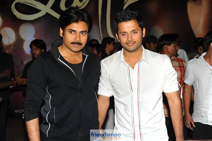 Unseen Photo of Nithin and Pawan Kalyan